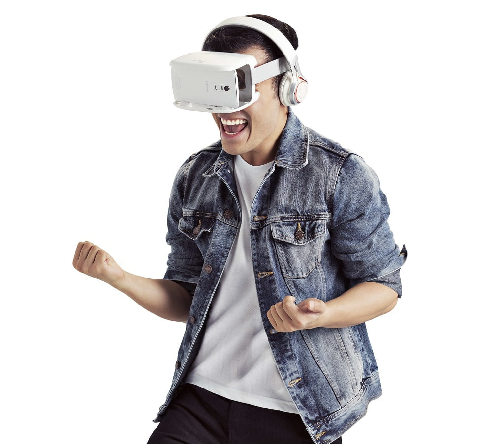 Five_Cool_Facts_about_Virtual_Reality_male.jpg